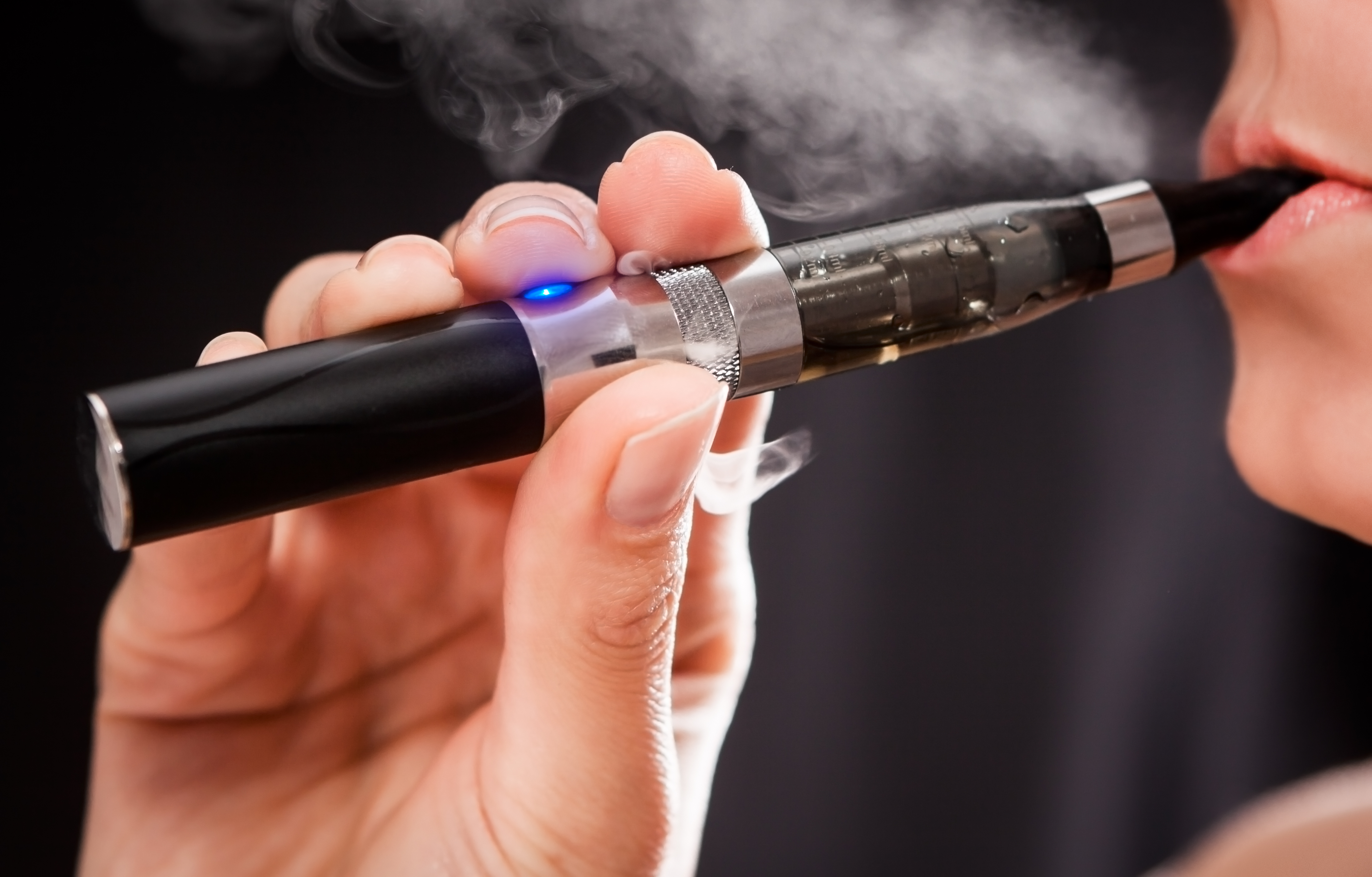 Cancer and Tobacco Experts Not Fired Up about E-Cigarettes for Quitting Smoking